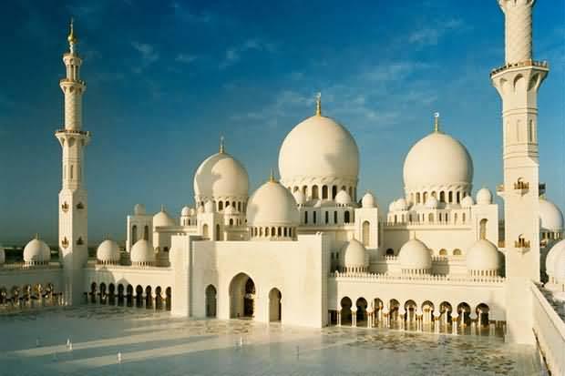 مسجد الشيخ زايد الكبير بأبوظبي