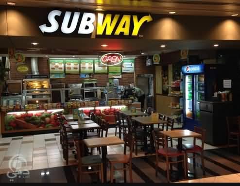 مطعم صب واي للمأكولات السريعة في دبي