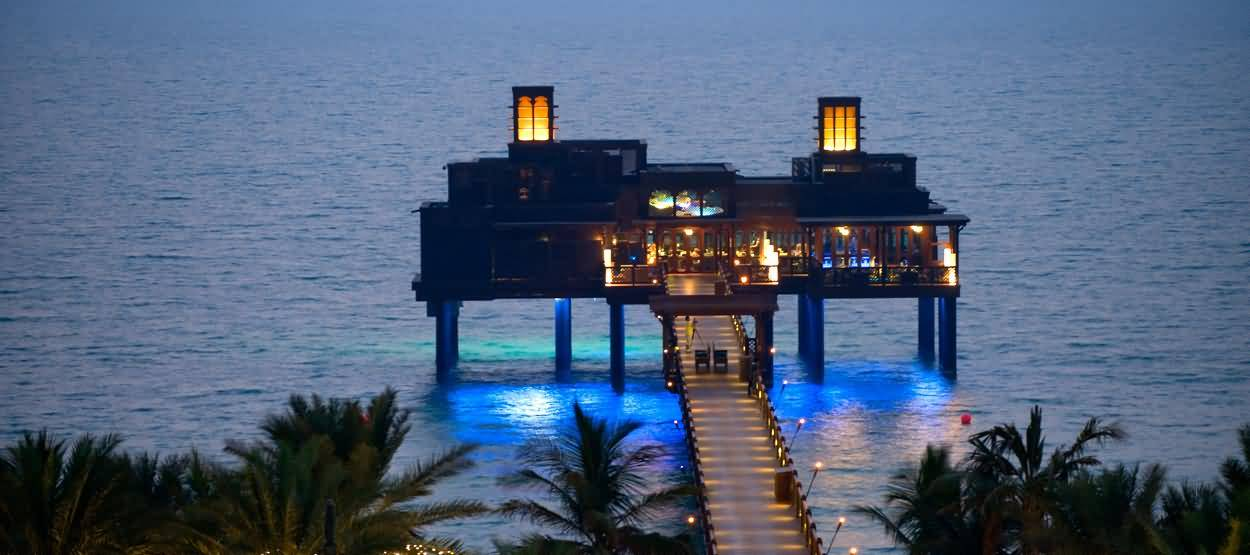 madinat_jumeirah__pierchic_1250x555