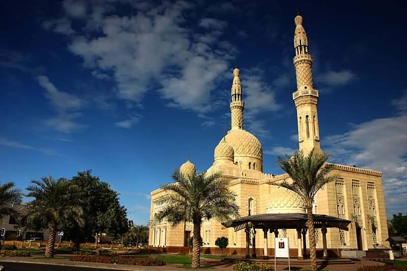 2017 الاسلامى large_Dubai-Mosque-R.jpg