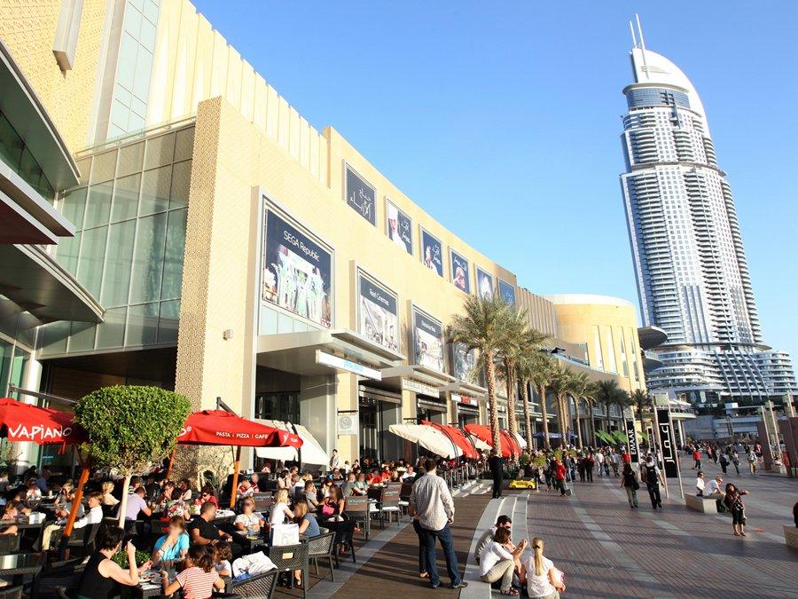 بالفيديو .. جولة في دبي مول أكبر مجمع تجاري في العالم