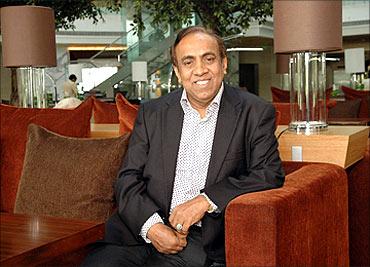 Richest-Businessmen-in-Dubai-7