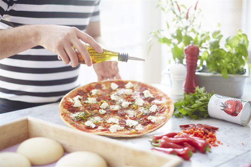 حفل الذكرى السنوية الخمسين لبيتزا إكسبرس في جميرا بيتش ريزيدنس
