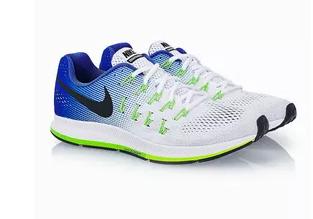 888fb3adb لا يعد هذا الحذاء بعد تجربتنا له الأخف بين الأحذية الرياضية، لكنه الحذاء  الملائم للذين يبحثون عن الراحة أثناء ممارسة رياضة الركض، وقد حرصت شركة نايك  على ...
