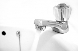 إنفوجرافيك | نصائح للتوفير بفاتورة إستهلاك المياه في الإمارات