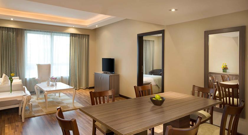 فندق بلاك ستون في دبي