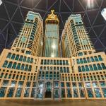 ليجولاند دبي تفتتح مجسم الليجو المتميز لبرج ساعة مكة الملكي
