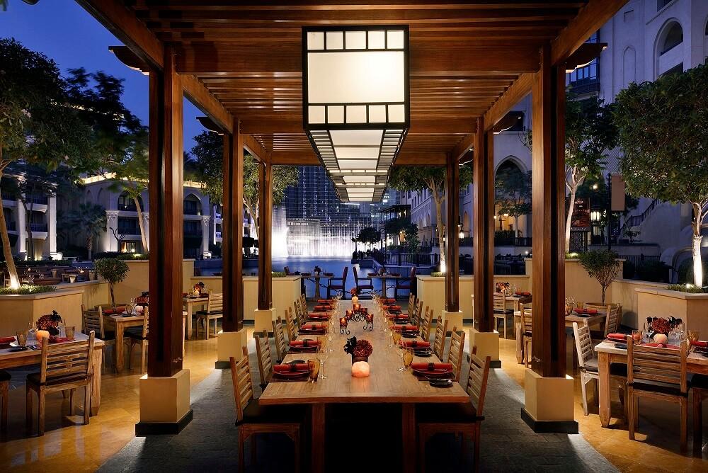 the-palace-downtown-dubai-asado-terrace-lr-1