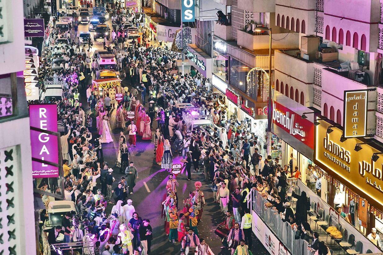 نتيجة بحث الصور عن سوق المهرجانات في دبي