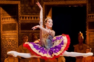لا تفوتو عروض رقص مذهلة في مسرح مدينة جميرا خلال يناير 2017