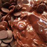 بالصور و الفيديو تعرفوا على أغلى شوكولاتة في الإمارات