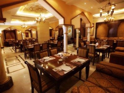 مطعم ومقهى ياس